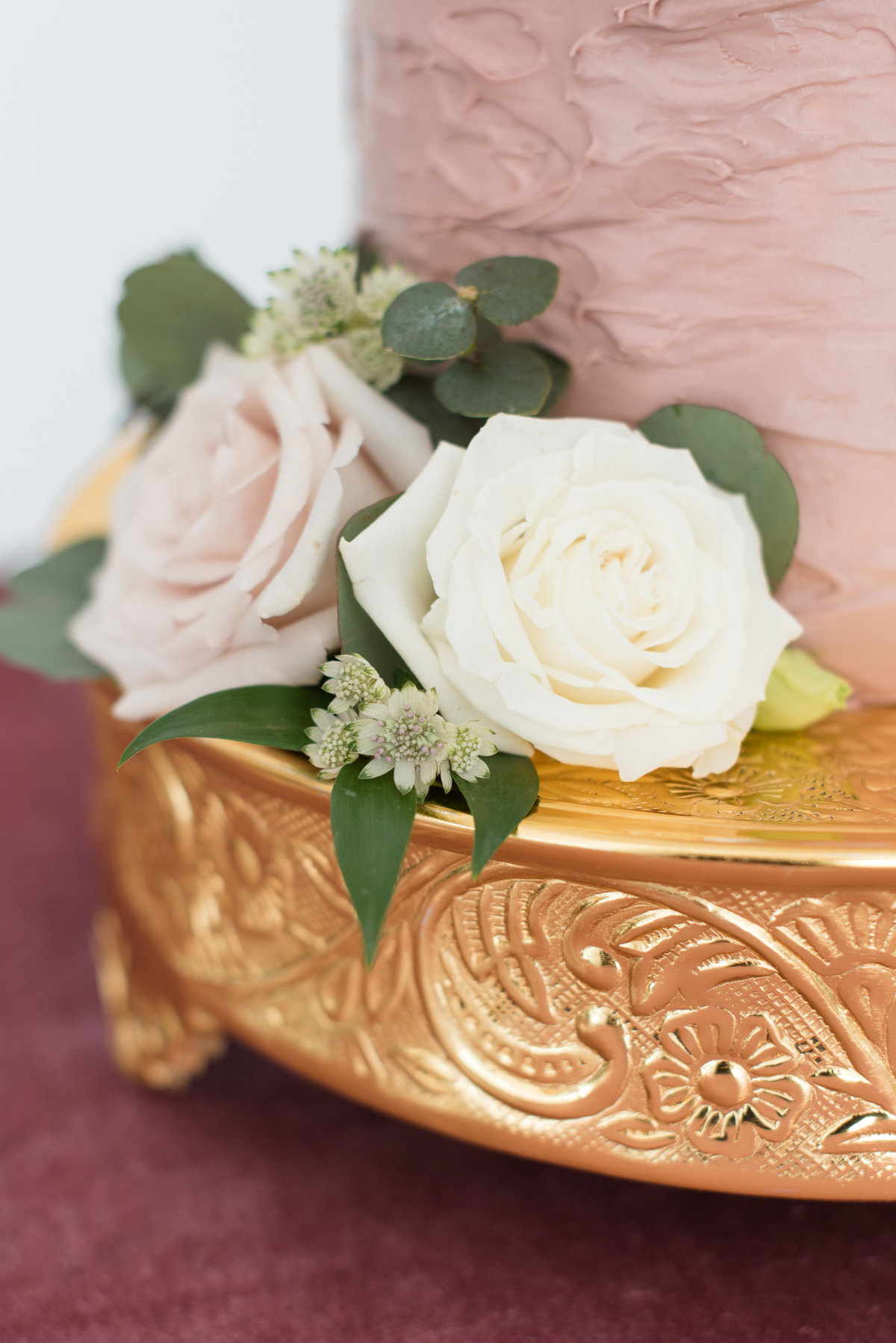Gold Cake stand from Tents & Events in Thunder Bay