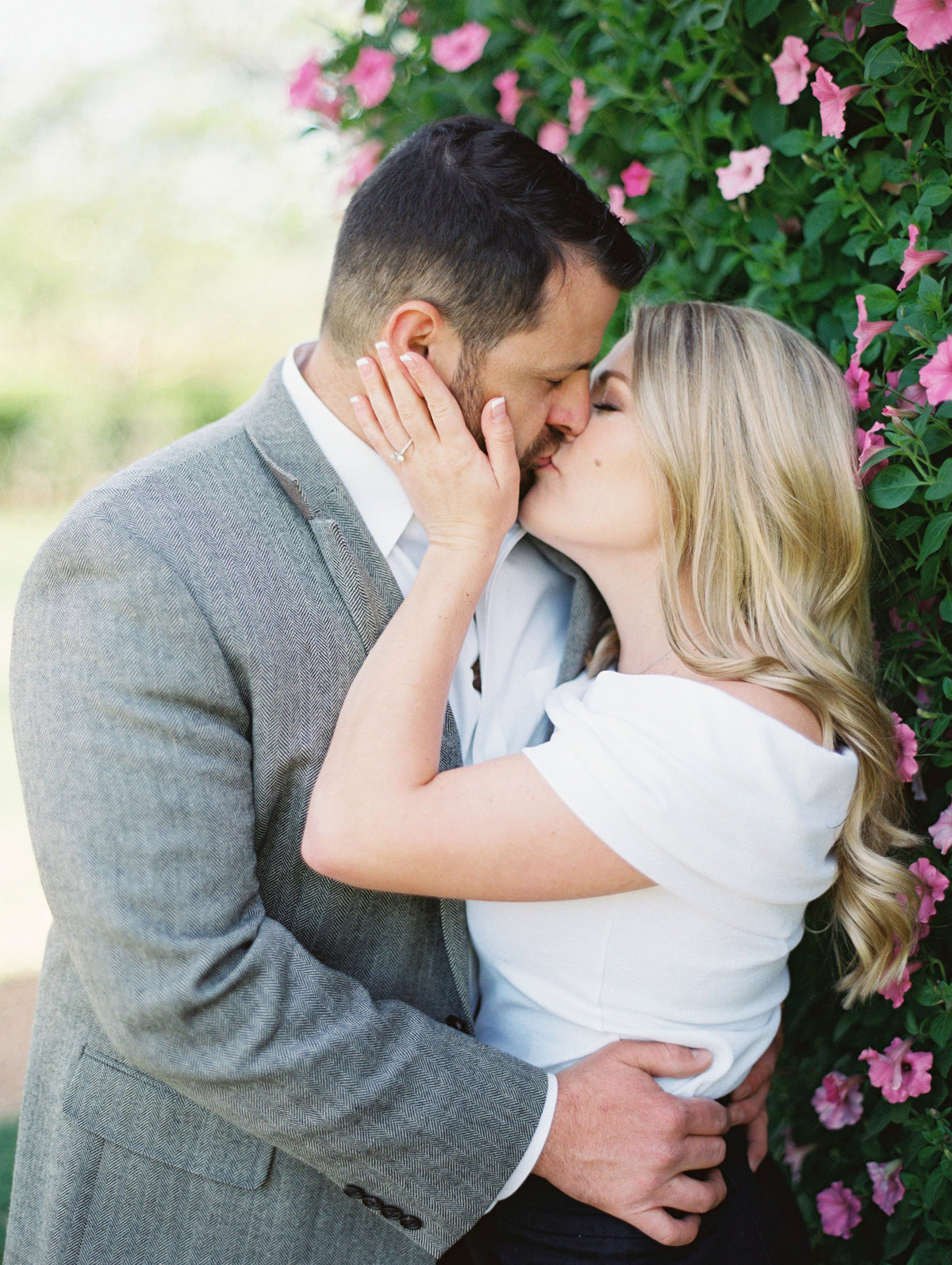 Courtney Hanson Photography - Dallas Spring Engagement Photos-006-2