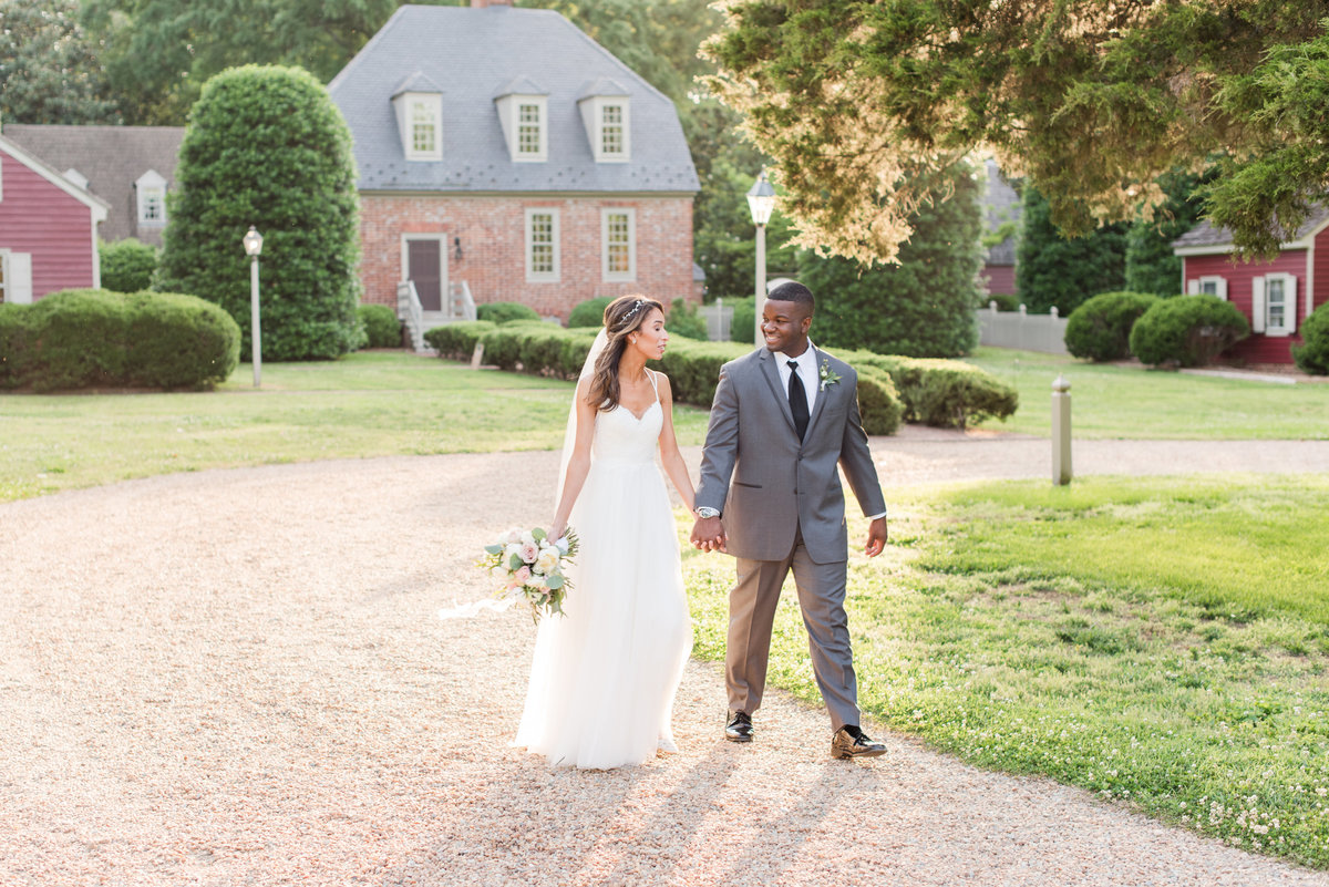 Sunset romantic portraits at estate wedding