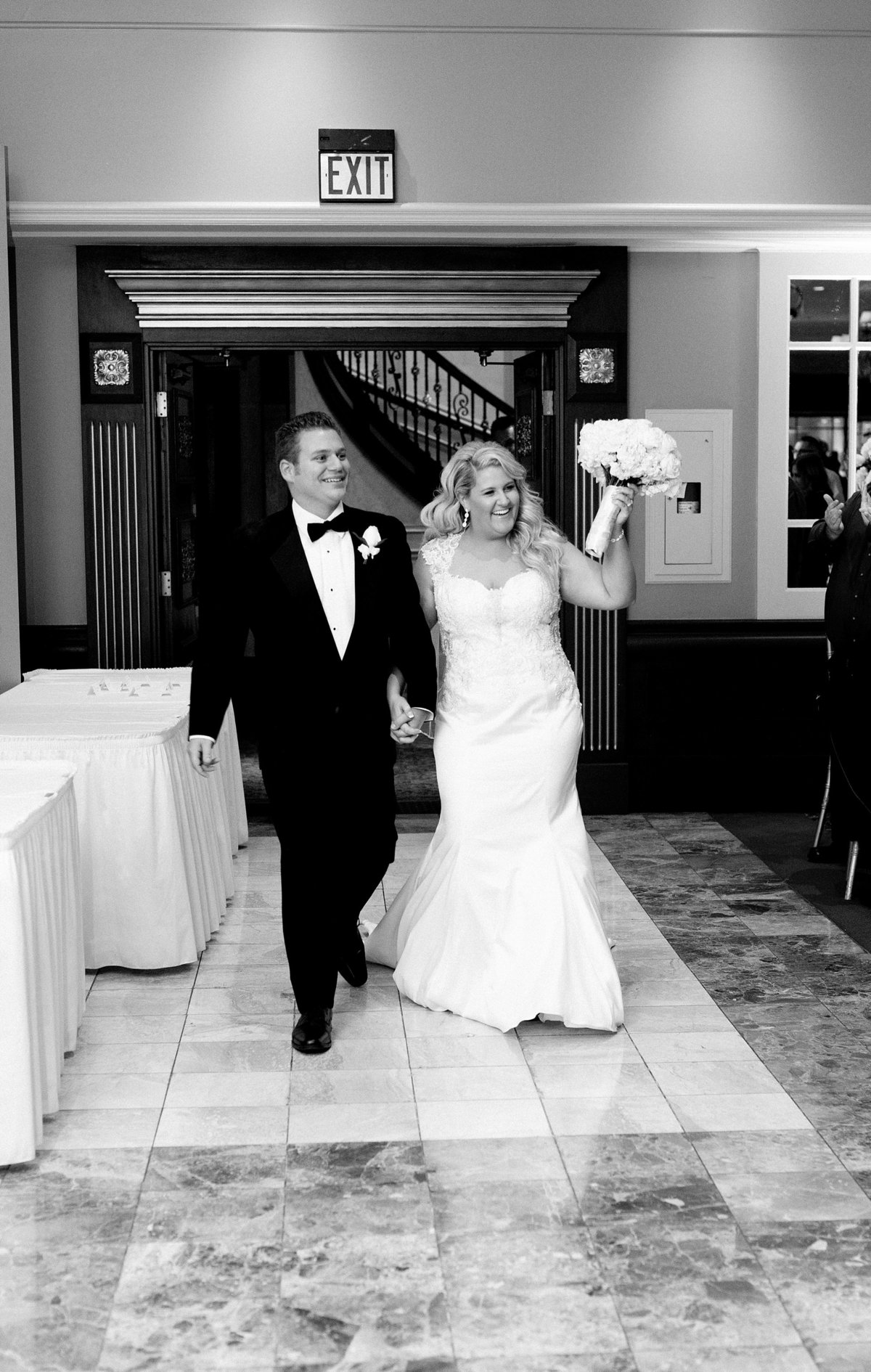 Carly-Johnny-Elegant-Fall-Michigan-Wedding-Breanne-Rochelle-Photography89