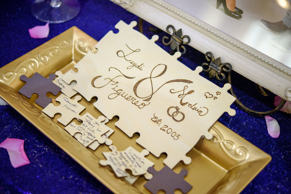 Wedding decor puzzle The Sands