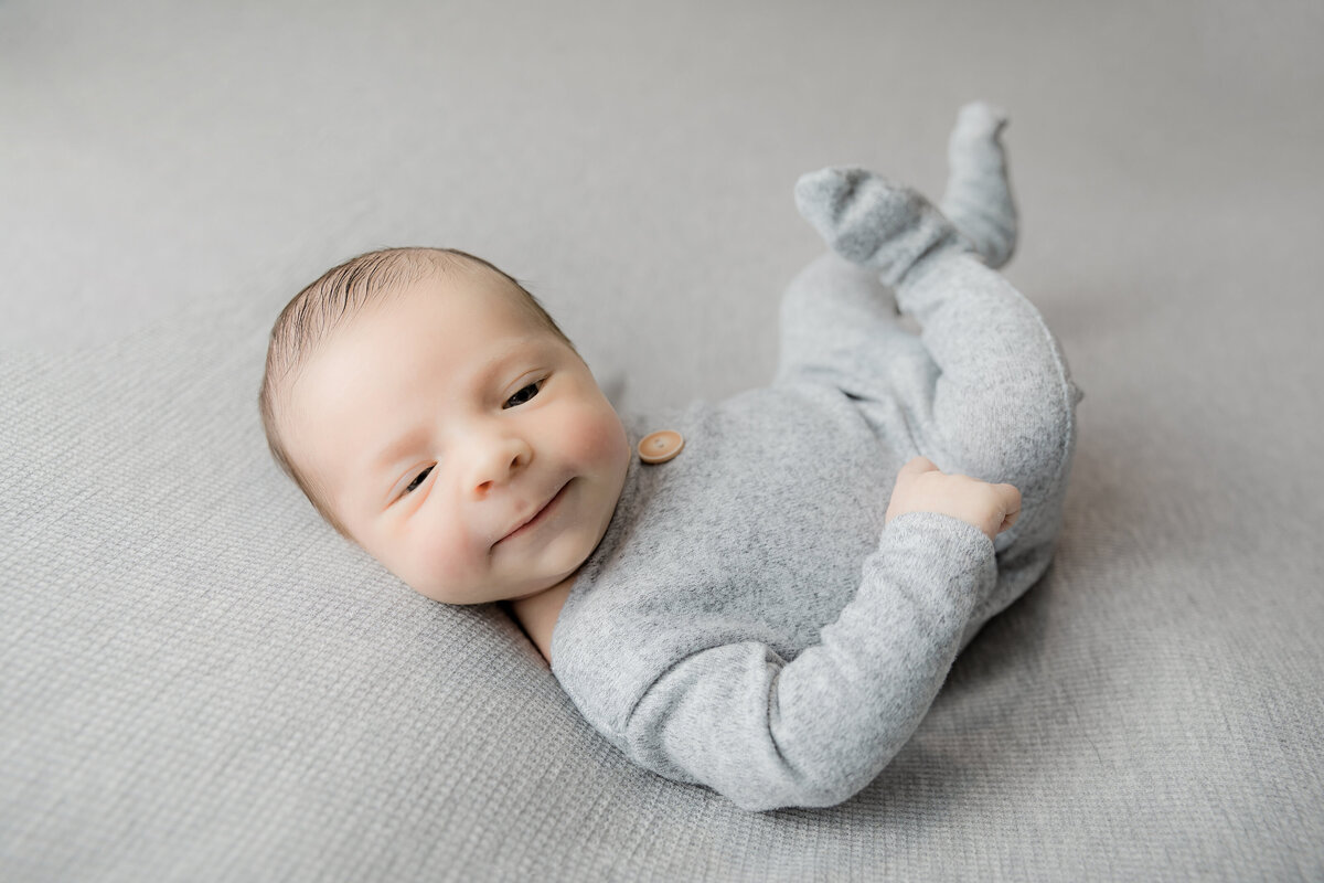 newborn-baby-boy-photos-ottawa-grey-loft-studio-2