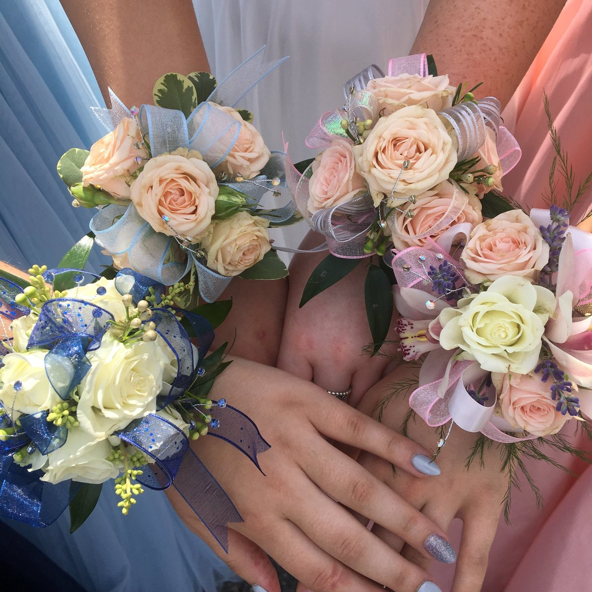 Rose slap band wrist corsages