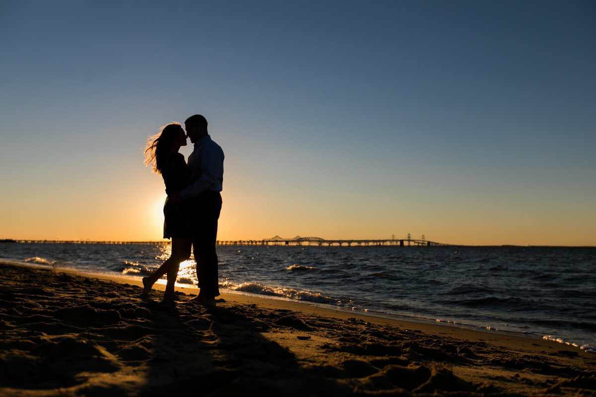 Sunset-Silhouette-Beach-Engagement-Photos
