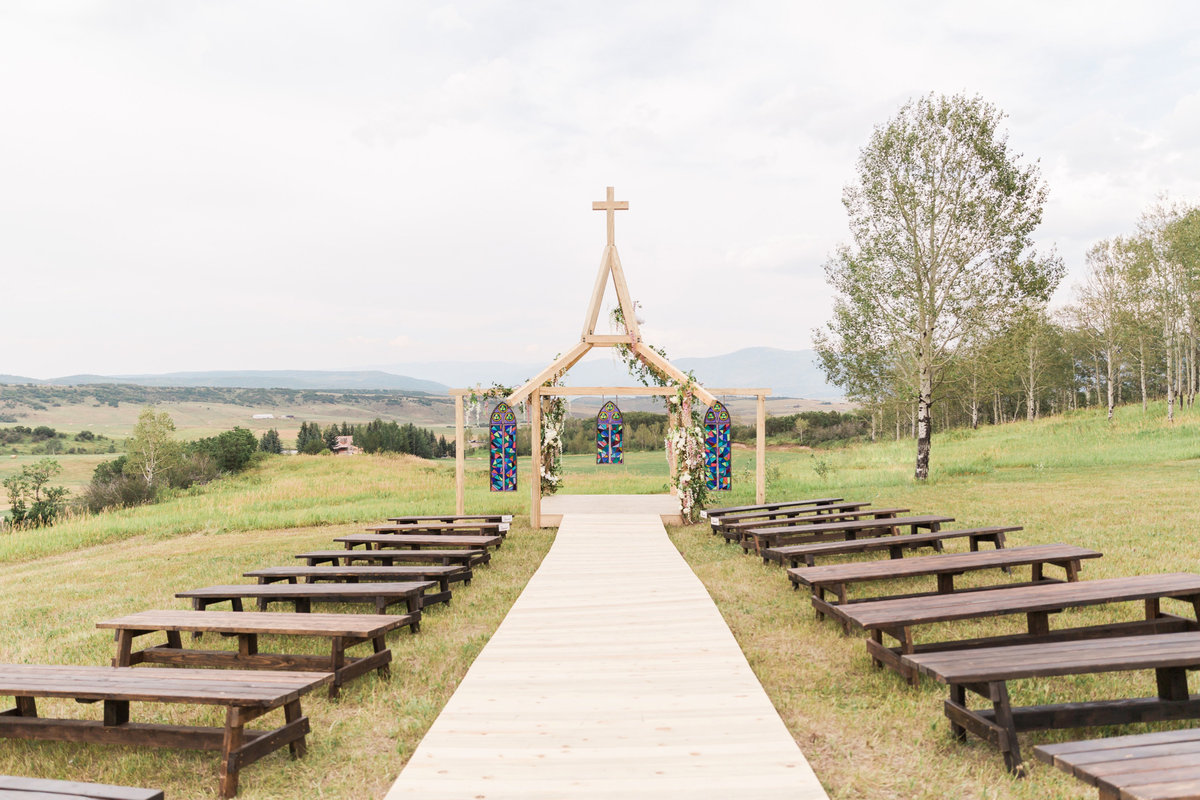 Kari_Ryan_Anderson_Colorado_Outdoor_Chapel_Wedding_Valorie_Darling_Photography - 32 of 126