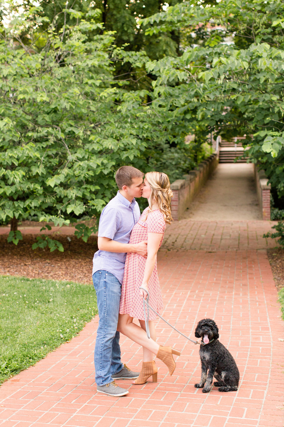 University of Mary Washington engagement photography by Marie Hamilton Photography