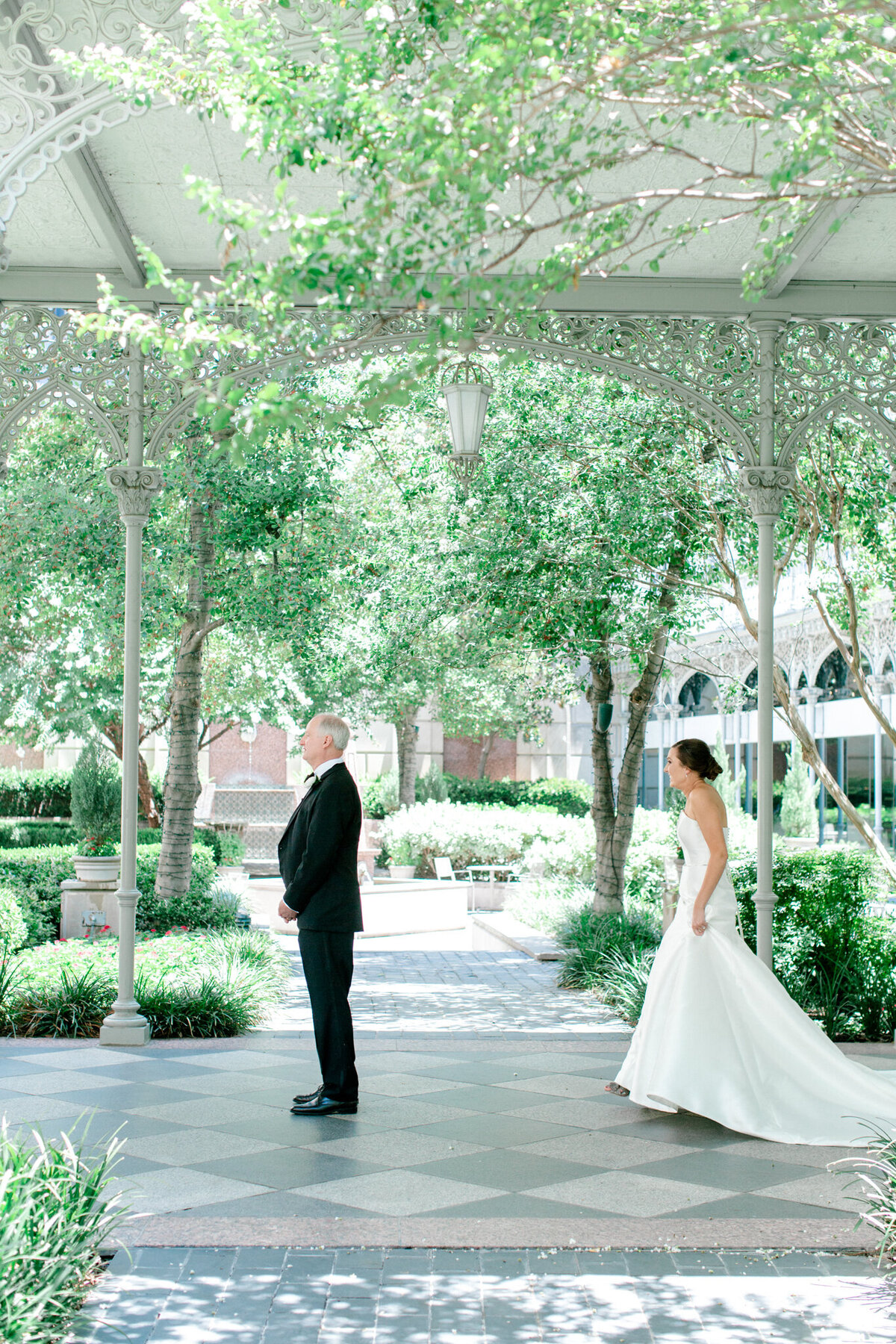 Wedding at the Crescent Court Hotel and Highland Park United Methodist Church in Dallas | Sami Kathryn Photography | DFW Wedding Photographer-37