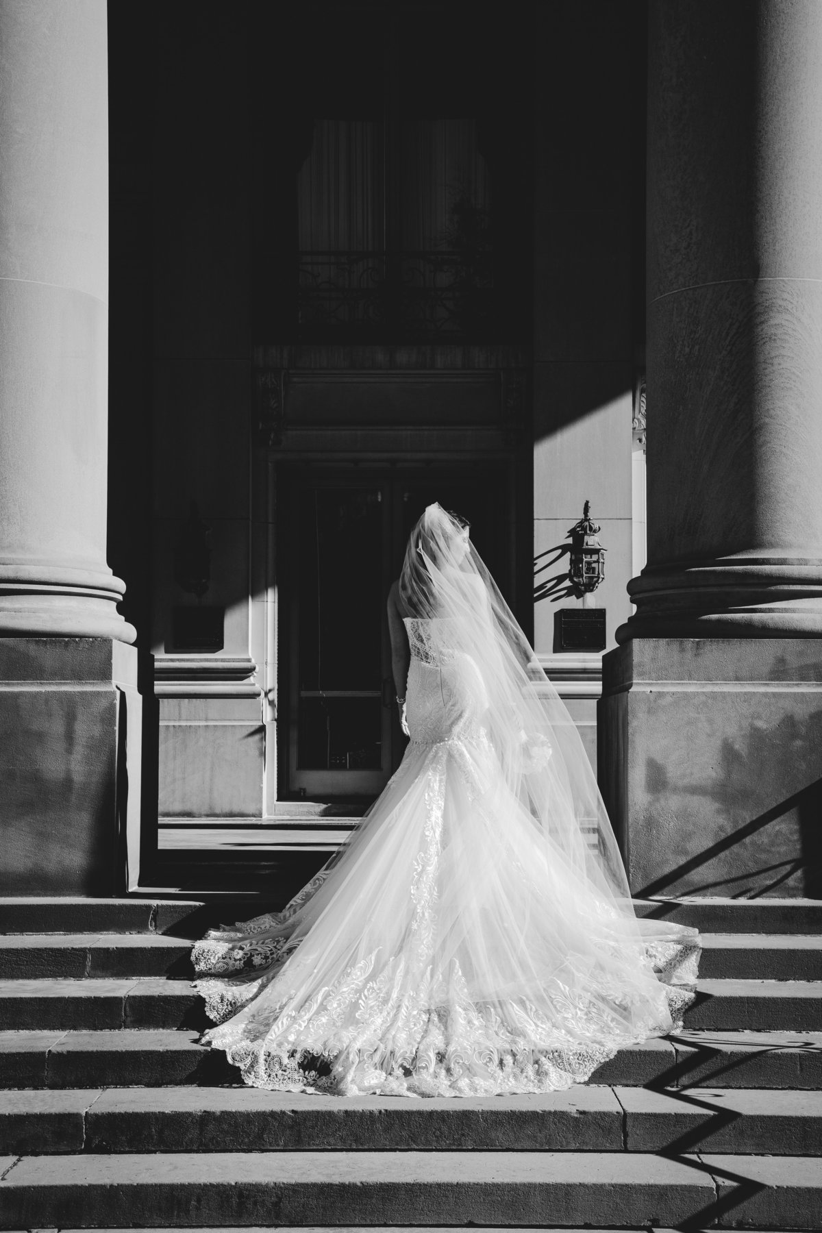 bride outside monmouth university