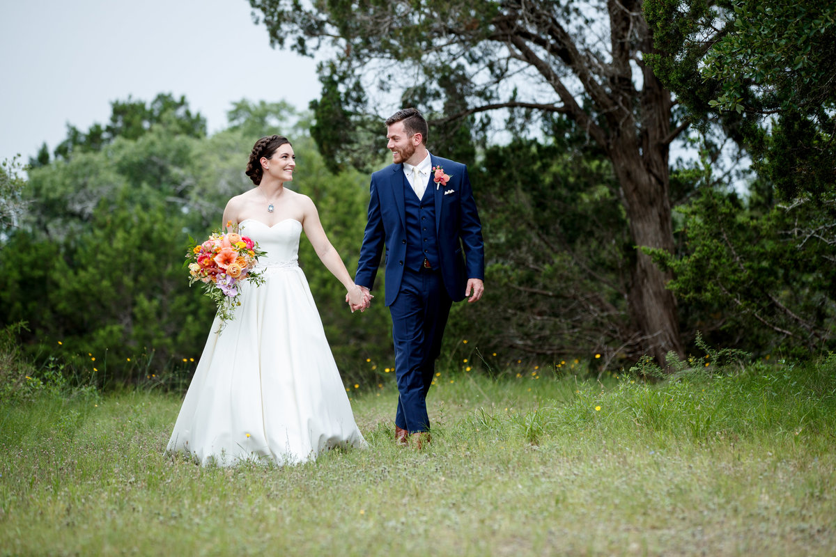 terrace club wedding photographer bride groom happy moment 2600 US-290, Dripping Springs, TX 78620