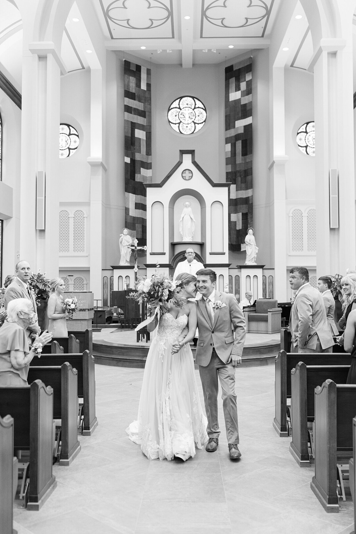 Kara Webster Photography | Meredith & Tyler | University Of Dayton Marriott Wedding Photographer_0038