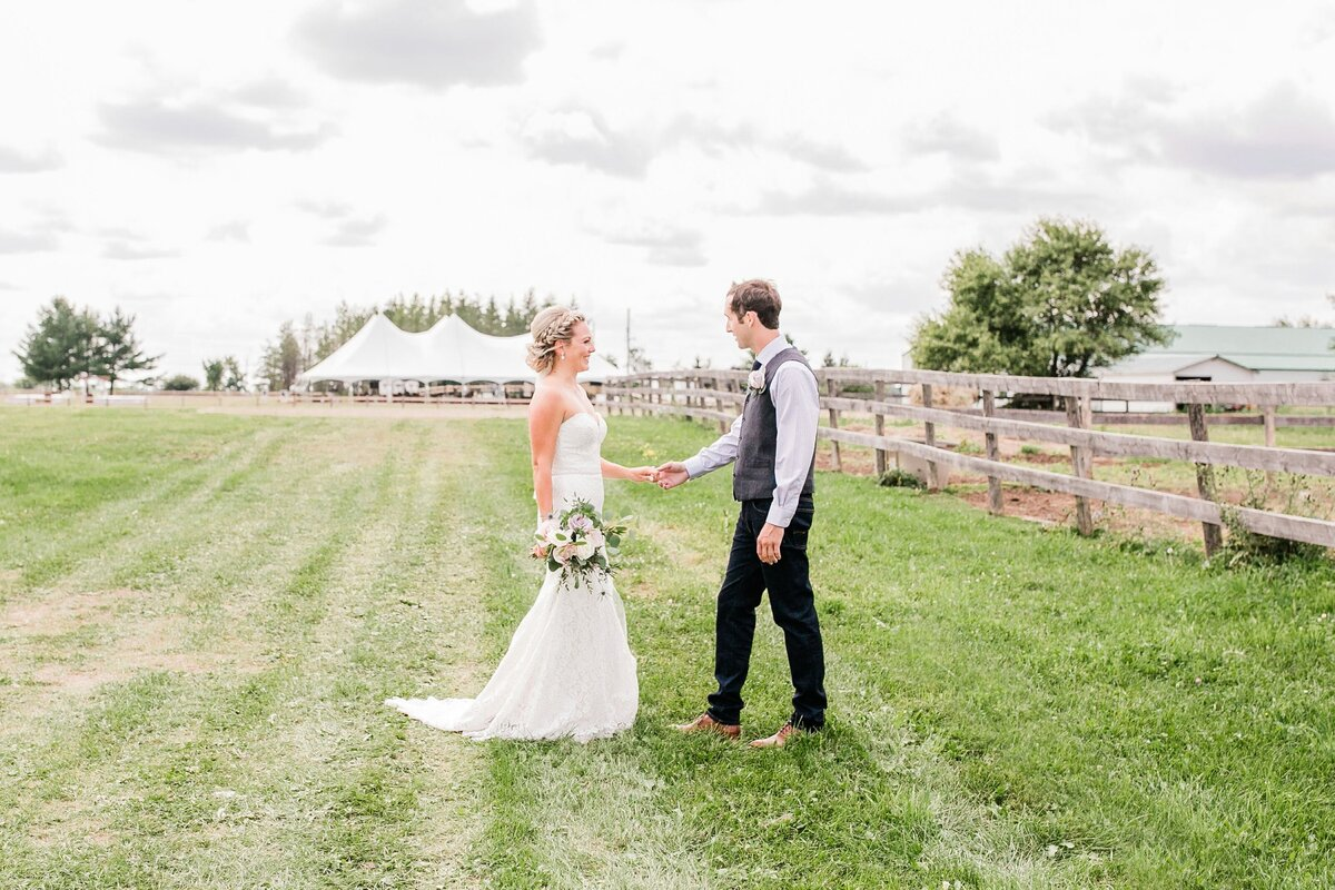 Ottawa-Country-Wedding-LauraClarkePhotos_0105