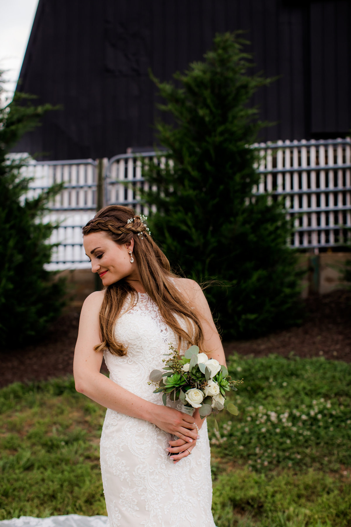 Nsshville Bride - Nashville Brides - The Hayloft Weddings - Tennessee Brides - Kentucky Brides - Southern Brides - Cowboys Wife - Cowboys Bride - Ranch Weddings - Cowboys and Belles052