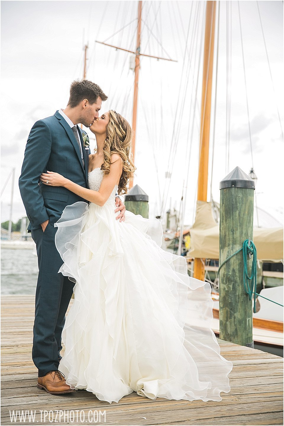 Annapolis wedding dockside ego alley