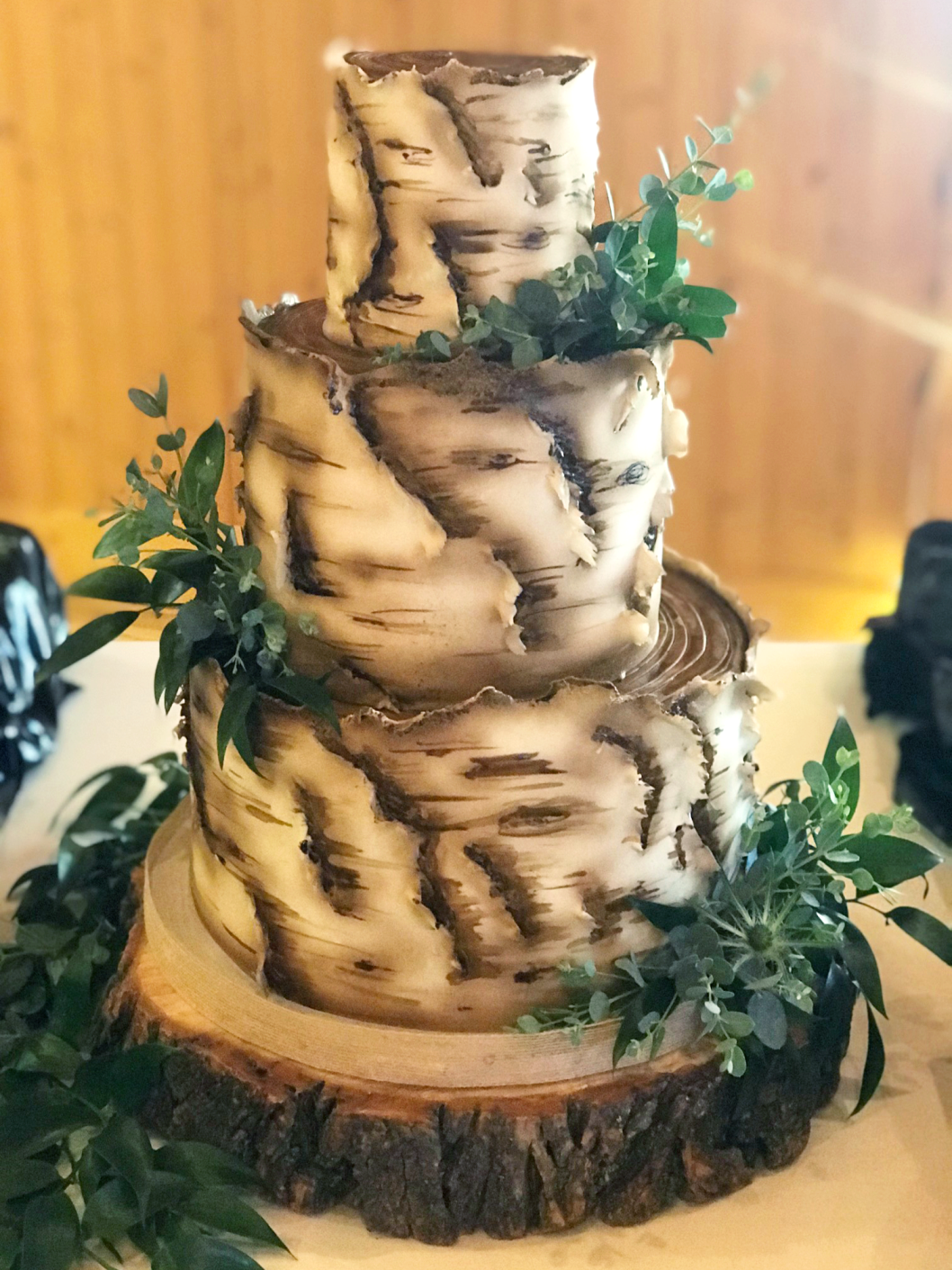 Whippt Desserts - Bark Cake with peekaboo back 2018
