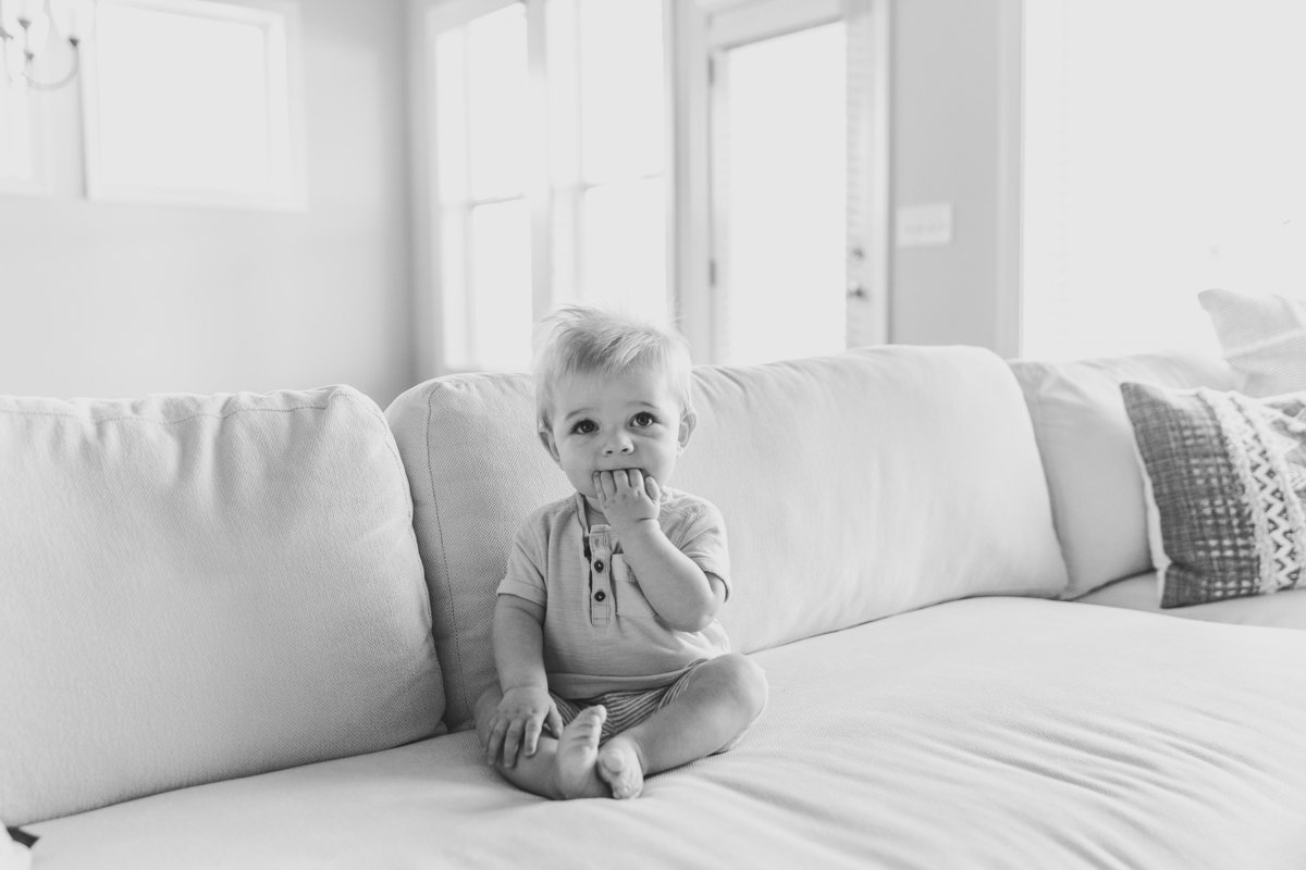 baby-photographer-in-raleigh-L-5015-2