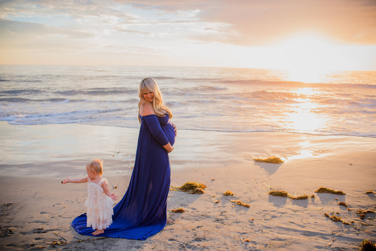Marie Monforte Photography_San Diego Maternity Photographer_2