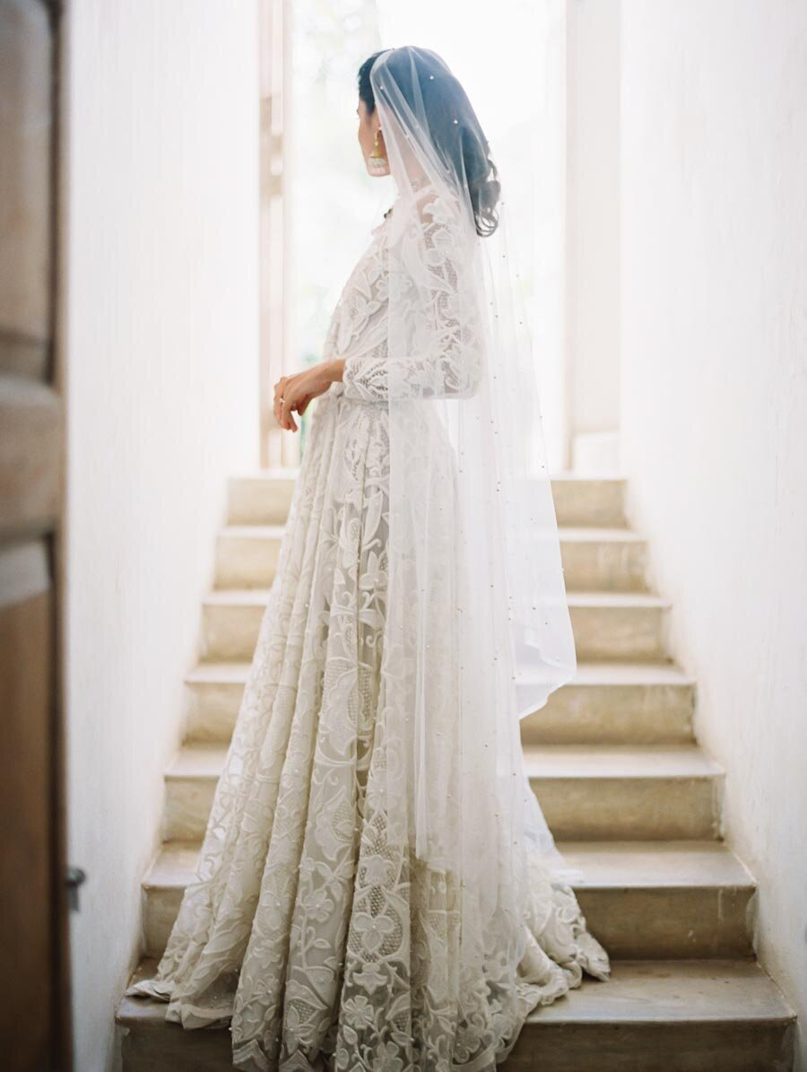 Naeem Khan Indian Wedding Dress White Lace Bonnie Sen Photography