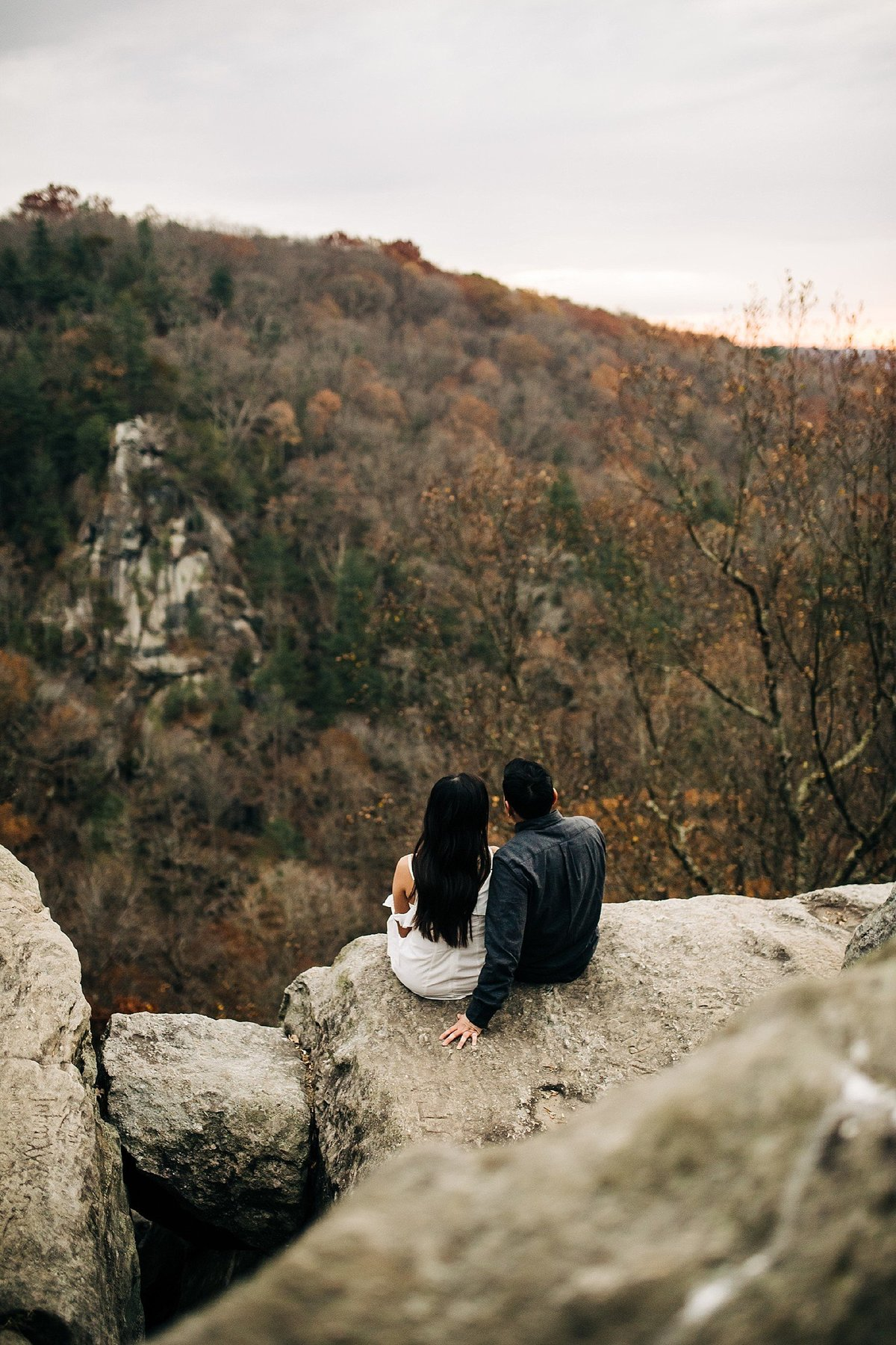 rocks-state-park-maryland-sunrise-engagement-session-rebecca-renner-photography_0003