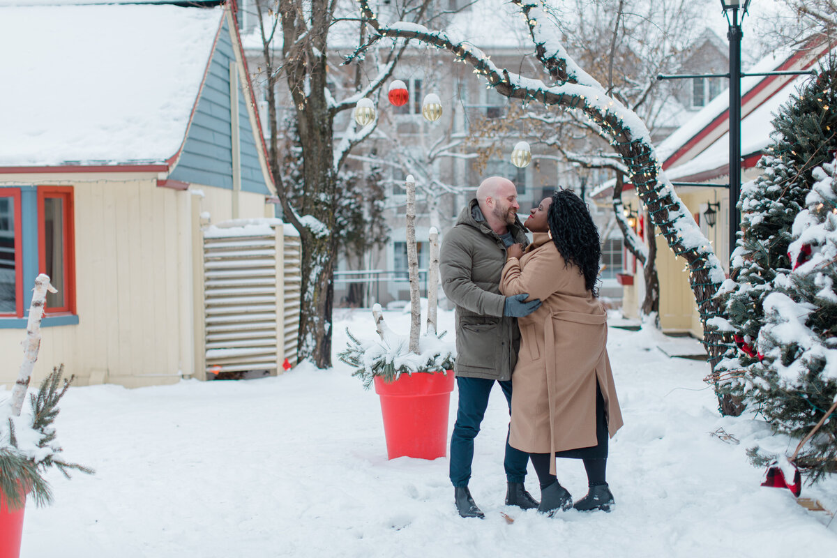 tremblant-winter-mountainside-engagement-session-grey-loft-studio-tremblant-village-189