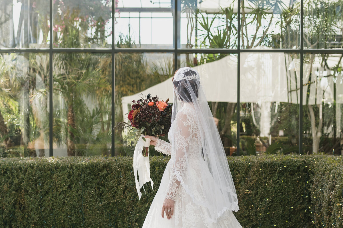 Fall Michigan Wedding at Planterra Conservatory