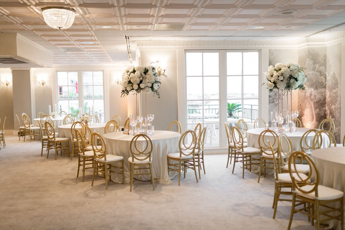 Lavishly Chic Designs Weddings Events Wedding Planning Coordination Designs New Orleans Louisiana Southern Destination South Delia King40