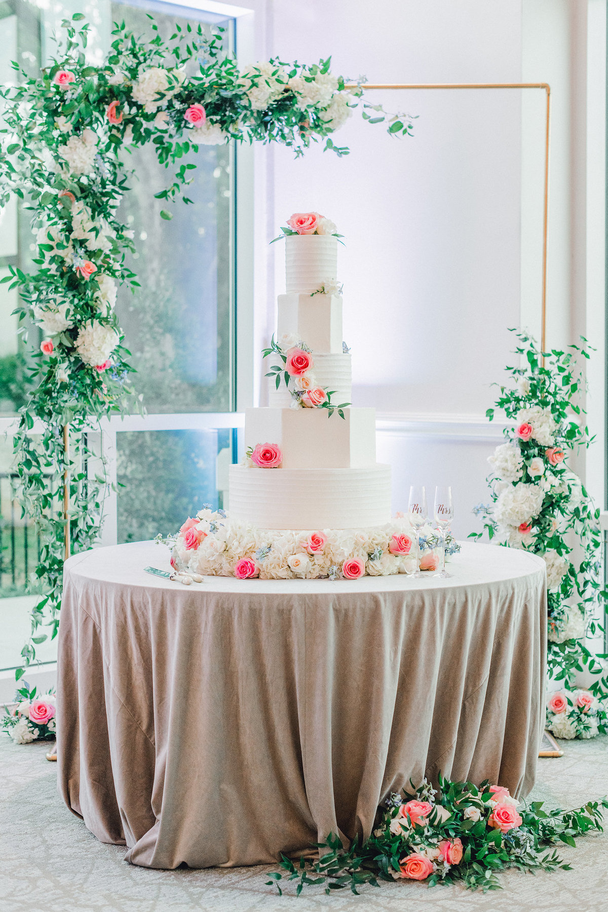 Dallas Wedding Floral Design - A Stylish Soiree - Dallas Wedding Florist - 469