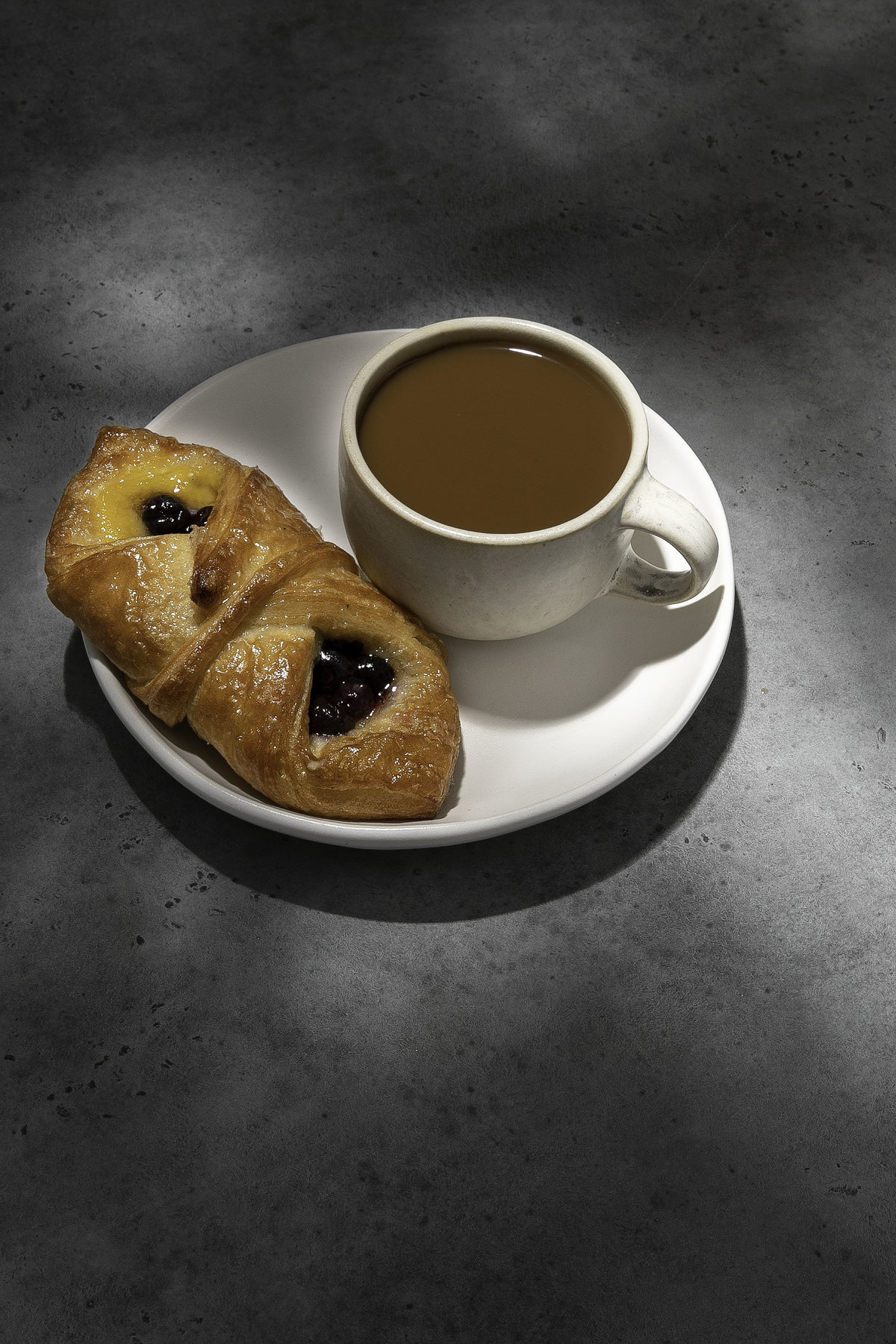 Coffee & danish - hard light-58-Edit