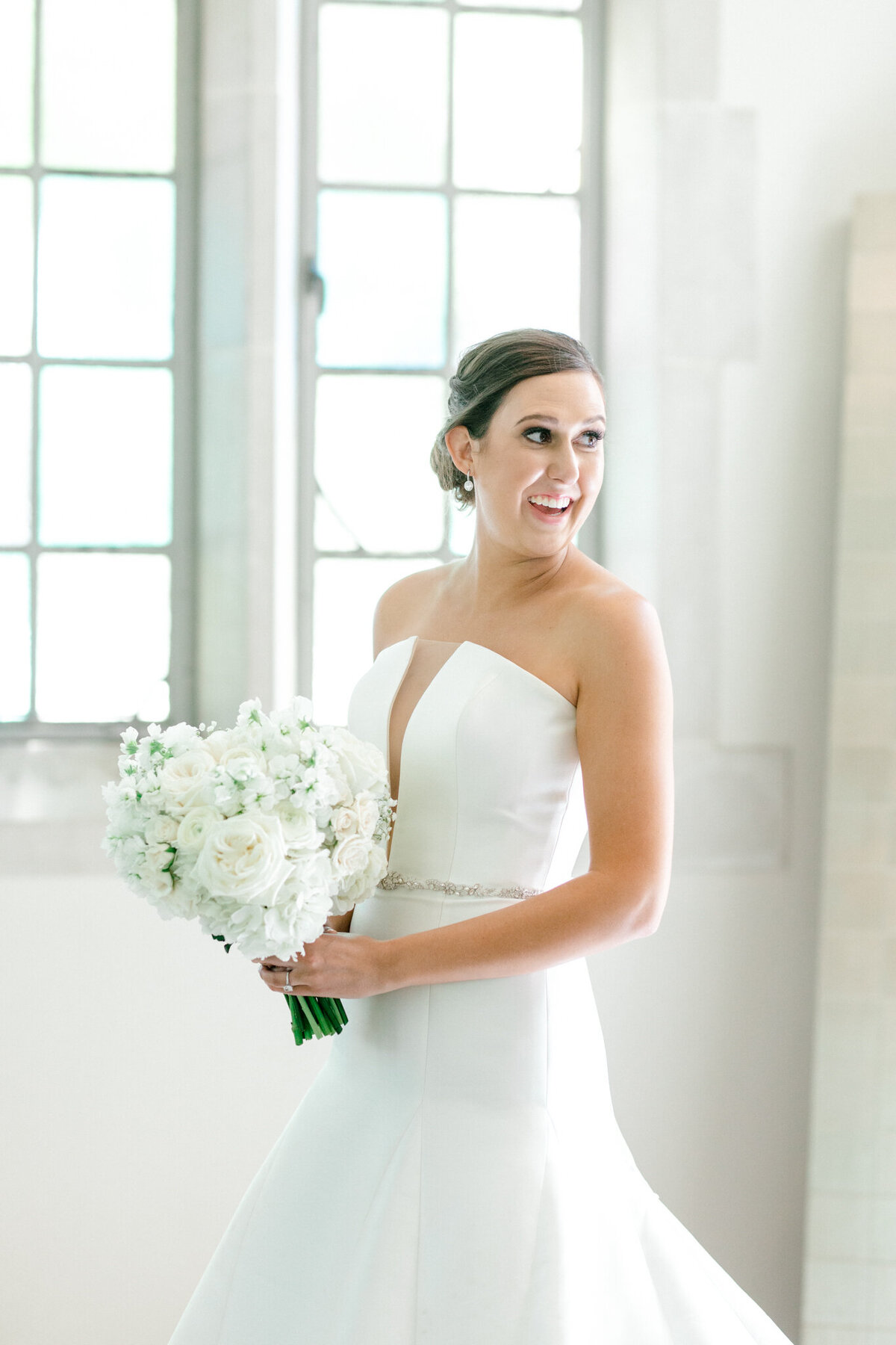 Wedding at the Crescent Court Hotel and Highland Park United Methodist Church in Dallas | Sami Kathryn Photography | DFW Wedding Photographer-102