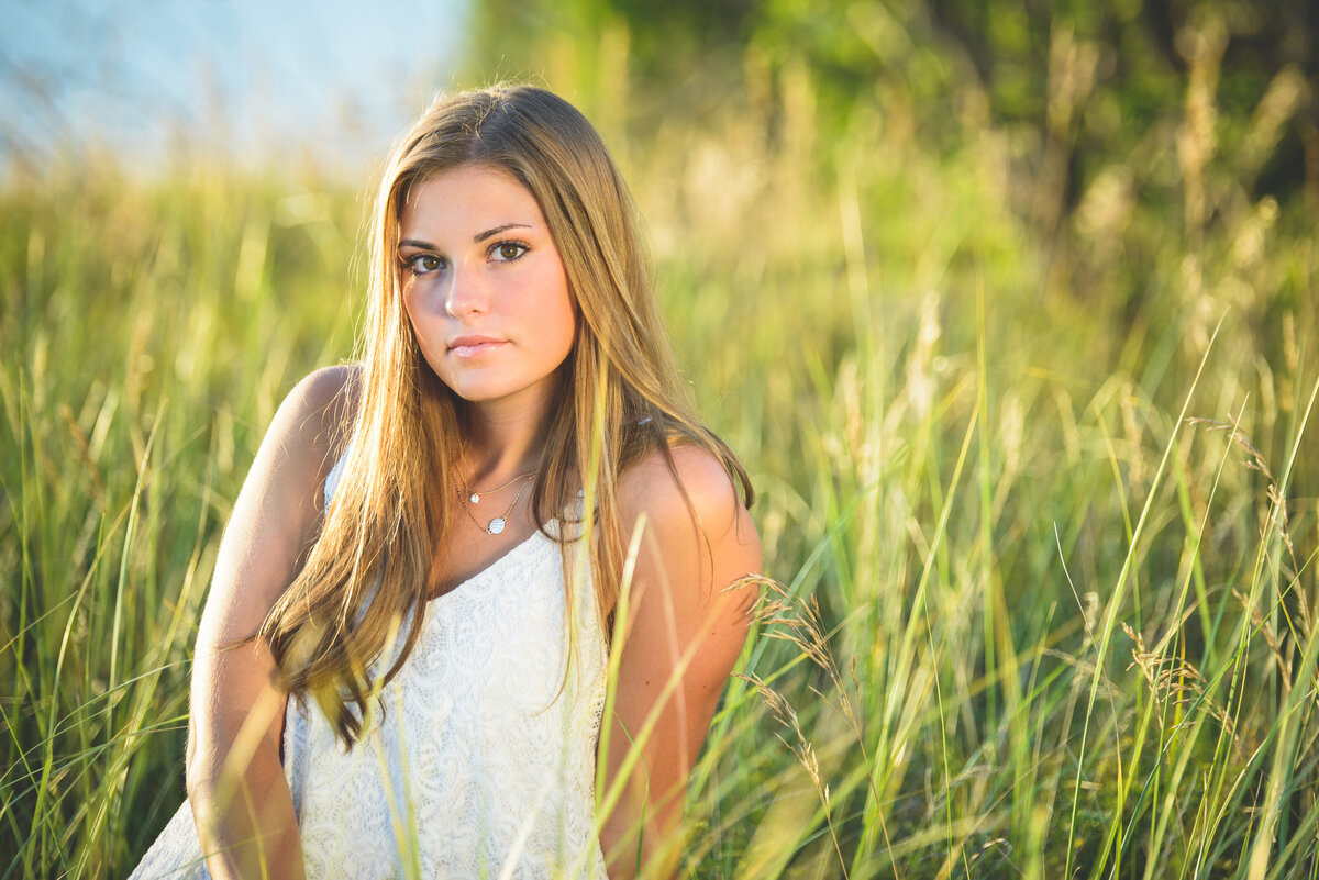 Holland-MI-Nature-and-Beach-Senior-Pictures-03