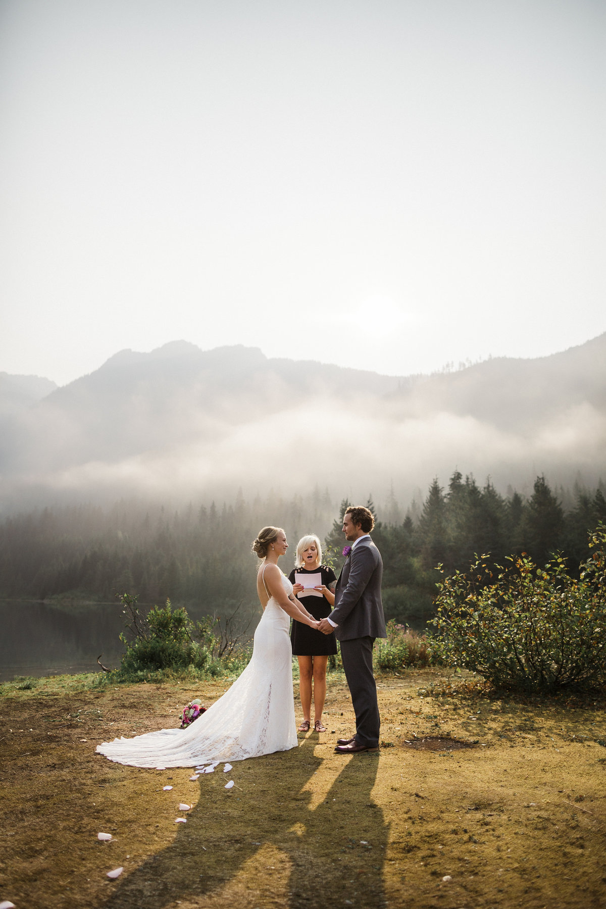 Snoqualmie-Pass-Elopement-Gold-Creek-Pond-57
