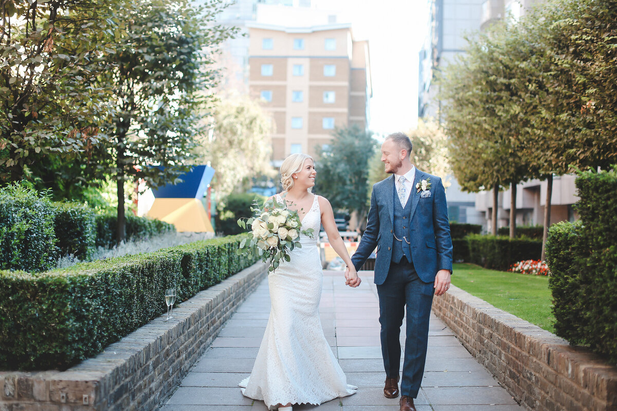 DEVONSHIRE-TERRACE-LONDON-WEDDING-PHOTOGRAPHER-0029