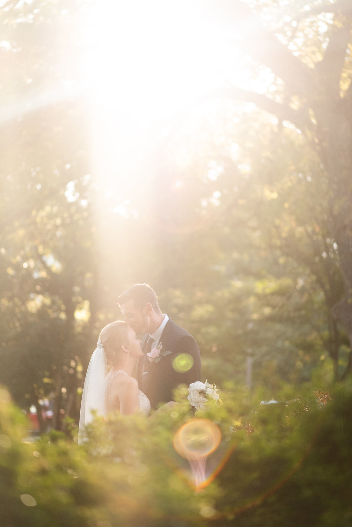 overton park sunset wedding photo