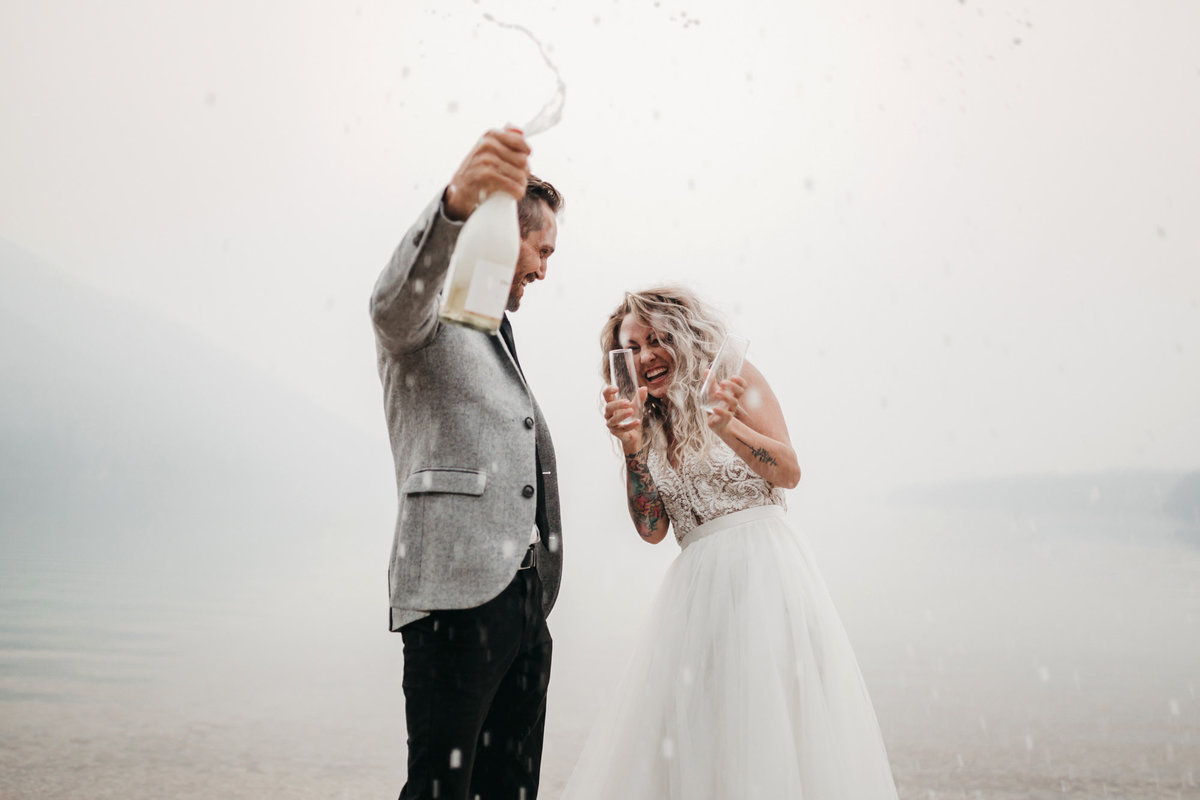 athena-and-camron-sara-truvelle-bridal-wenatchee-elopement-intimate-38-champagne-pop-bride-groom-fun