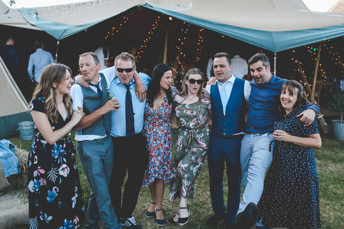 HOME-GARDEN-WEDDING-MARQUEE-HOMEMADE-FESTIVAL-0095