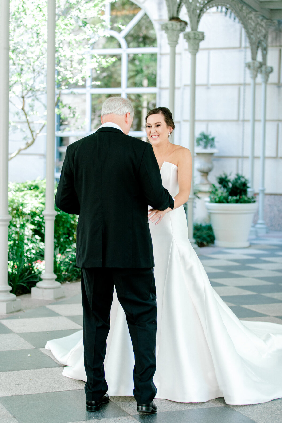 Wedding at the Crescent Court Hotel and Highland Park United Methodist Church in Dallas | Sami Kathryn Photography | DFW Wedding Photographer-39