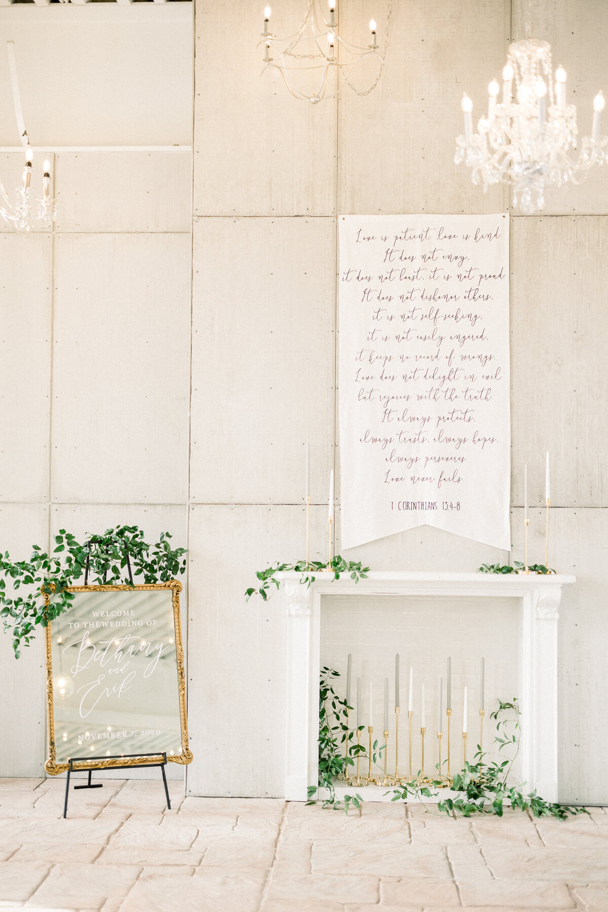Blacksmith Main Photographer, Blacksmith Main Wedding photos, Brainerd wedding photographer, Minnesota wedding photographer, Minneapolis wedding photographer, MN fine art photographer, Luminary MN venue