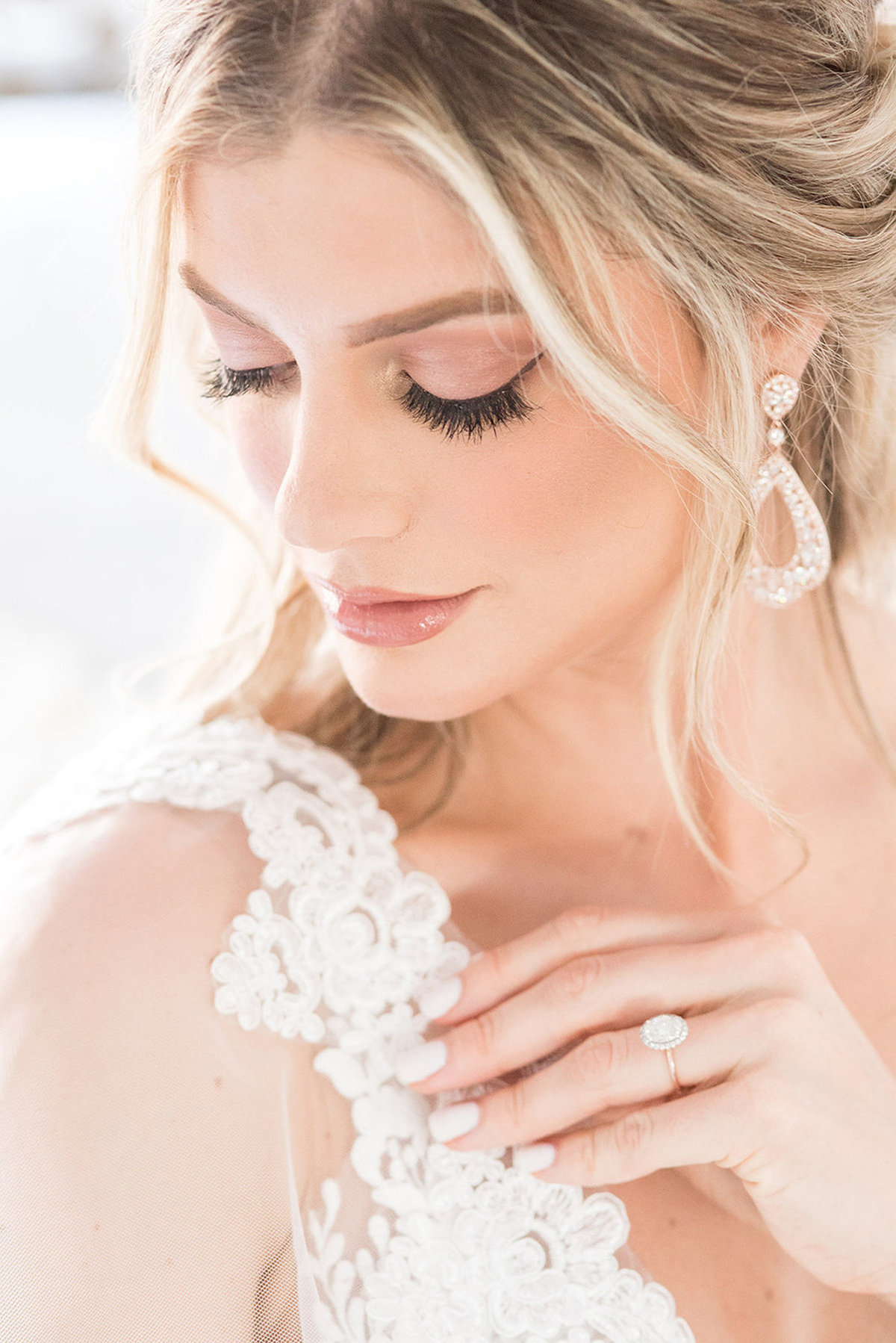 Hannah-Elisabeth-Beauty-Bridal-Makeup-19