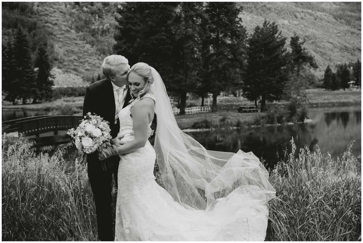 Vail-Golf-Club-wedding-pictures