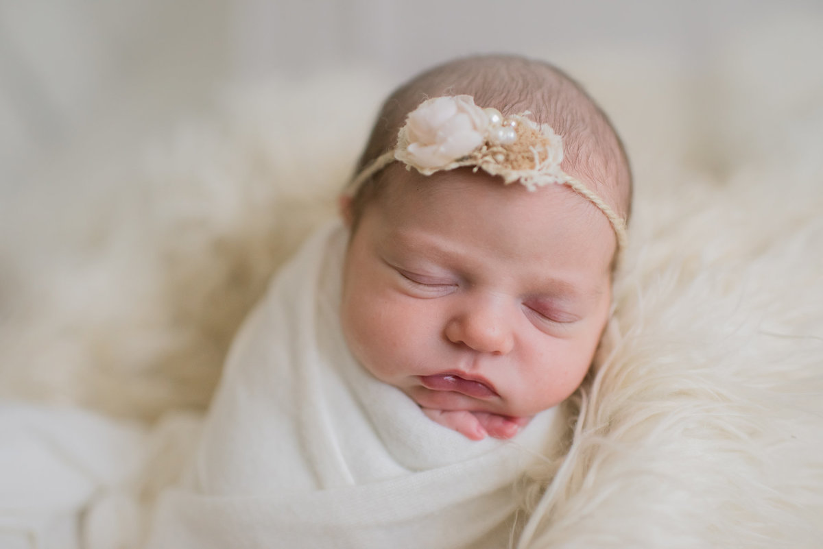 3Baby-photographer-sherman-mckinney-texas-simple-newborn-