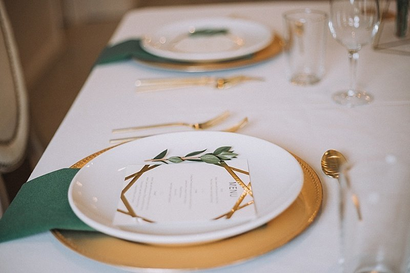 Omaha-Nebraska-Hotel-Deco-geometric-emerald-and-gold-wedding-inspiration-by-Lindsay-Elizabeth-Events78