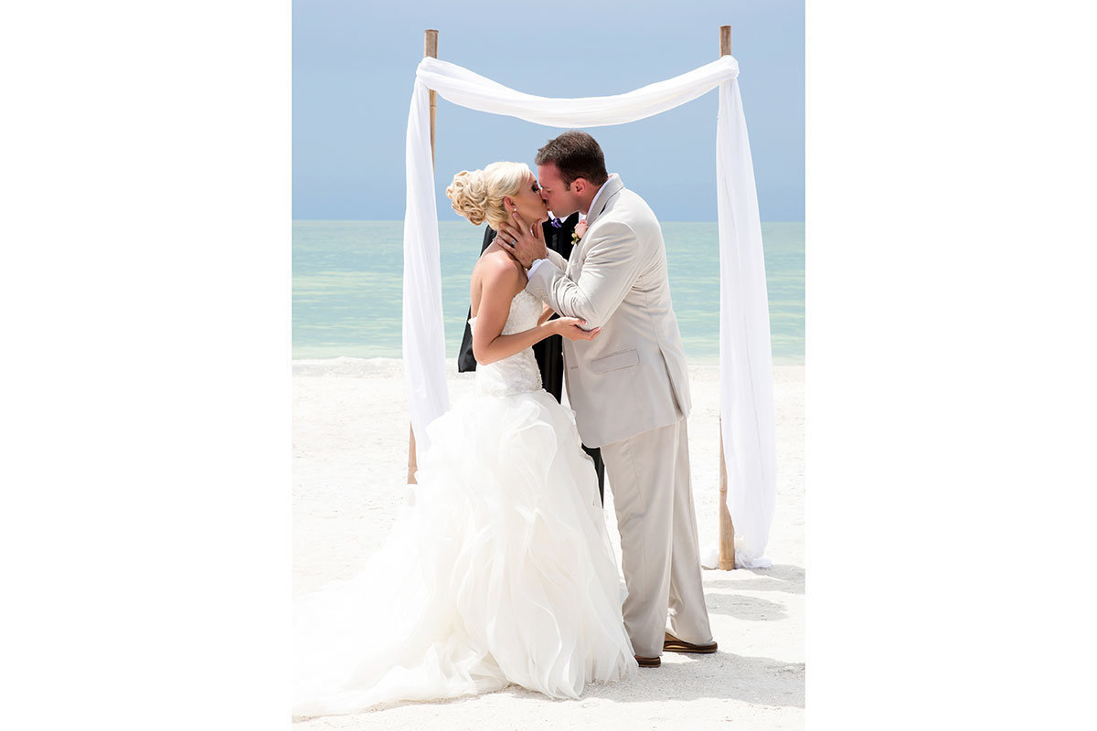 casa ybel beach wedding photo