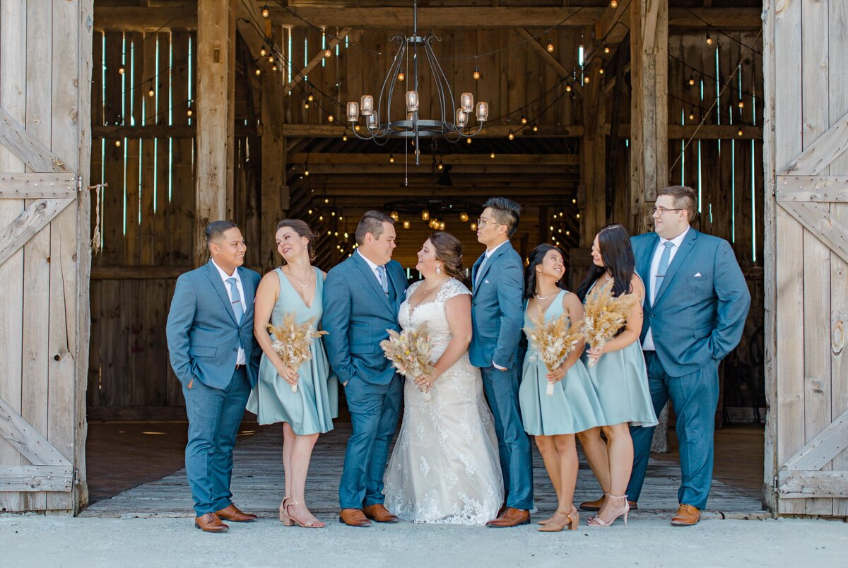 laura-ben-campbell-farm-white-lake-wedding-grey-loft-studio-2020-100