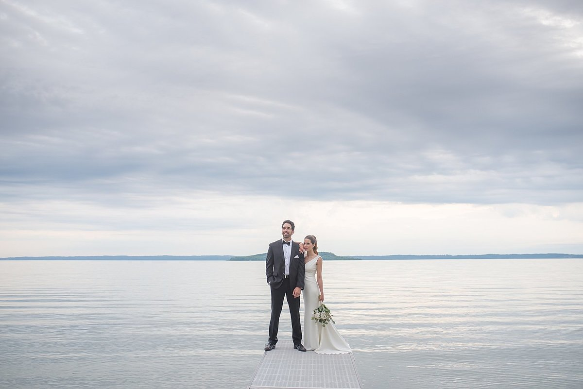 ODEN AND JANELLE PHOTOGRAPHY | TRAVERSE CITY WEDDING PHOTOGRAPHERS_0090