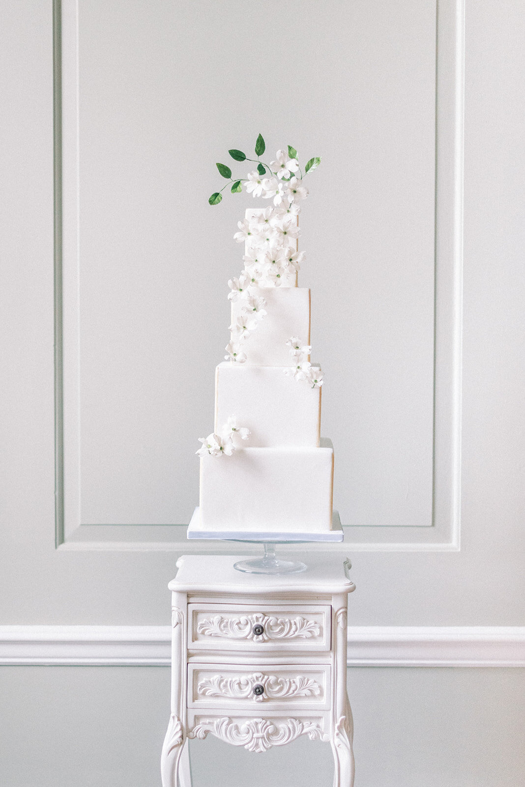 4 tier white square dogwood flower wedding cake  | MonAnnie