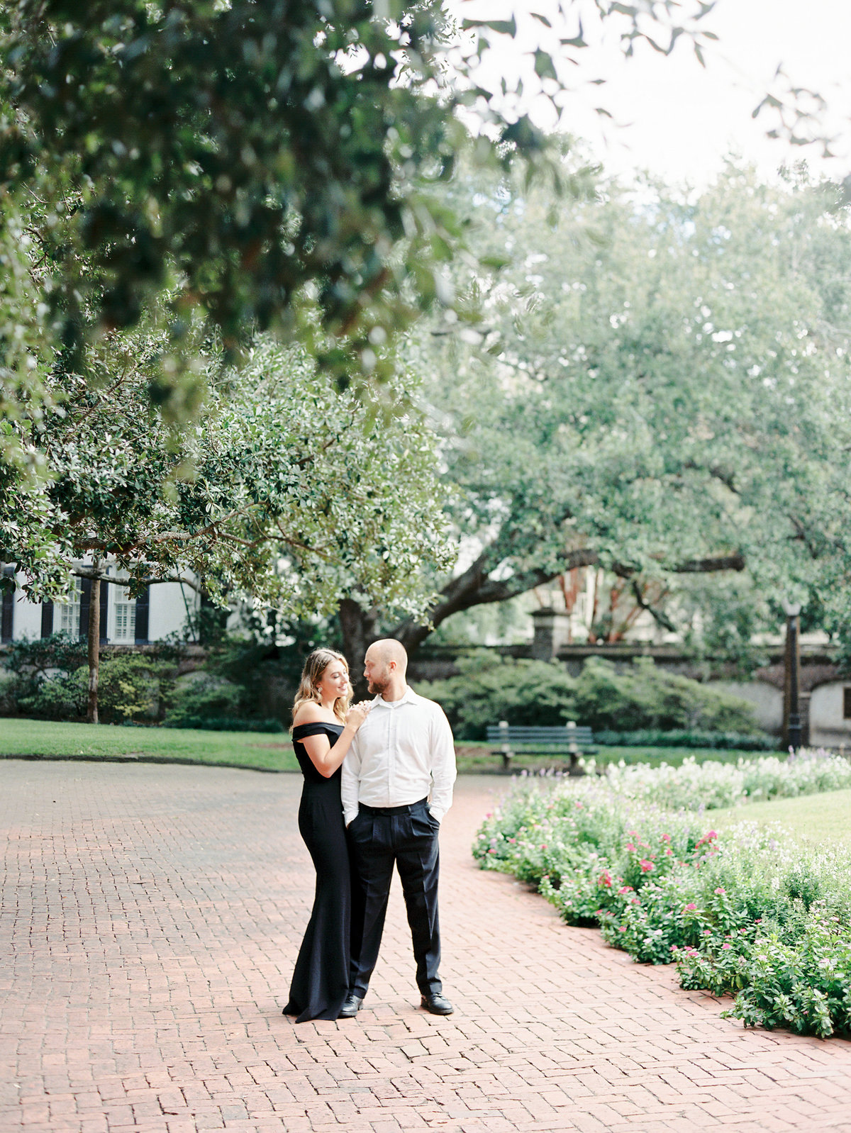Rainbow-Row-Downtown-Charleston-Engagement-06