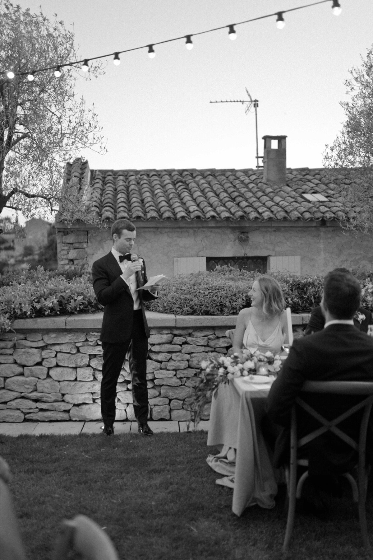 208_Bastide_de_Gordes_Luxury_Wedding_Photographer (210 von 263)