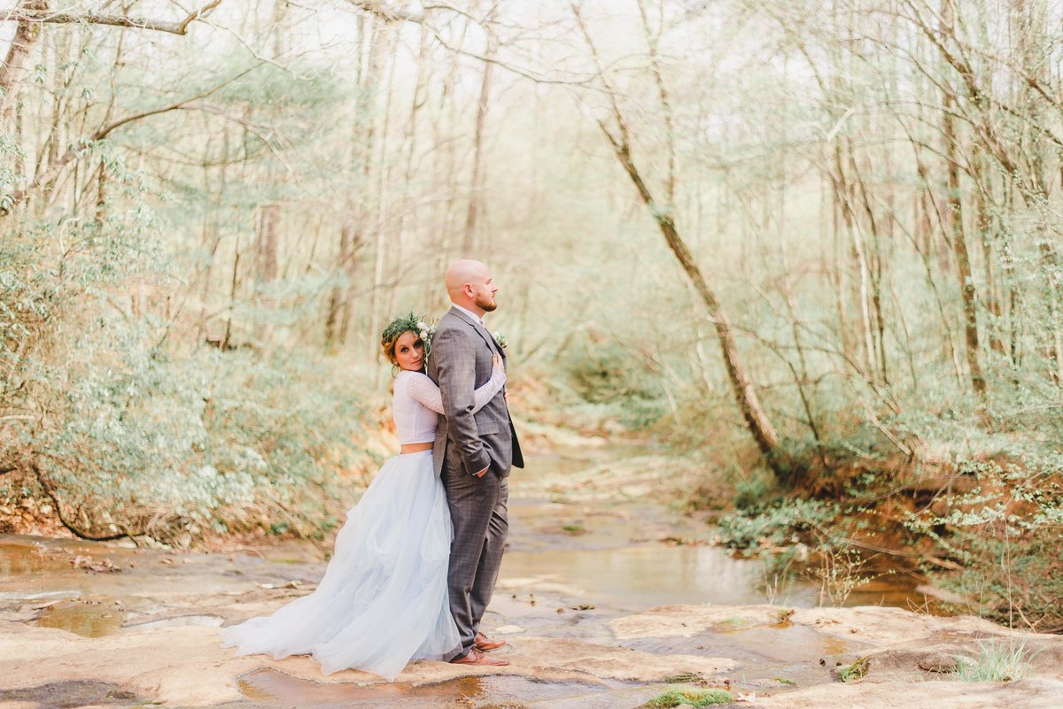 wv and nc wedding photographer outdoors -116