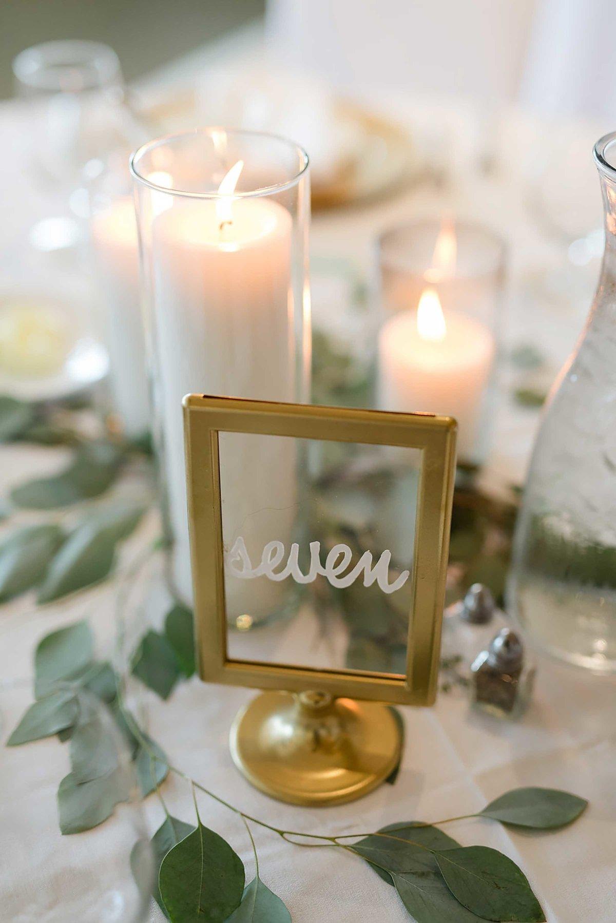 gold-table-number