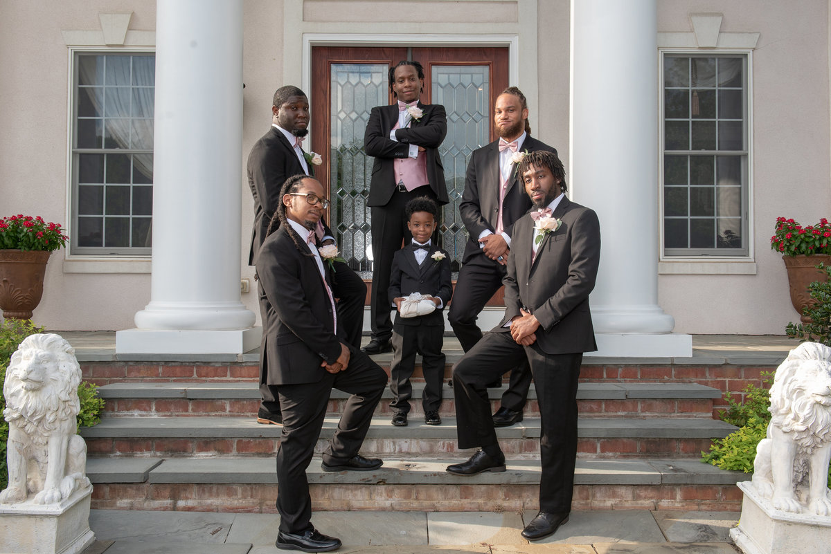 Posing Grooms and Groomsmen