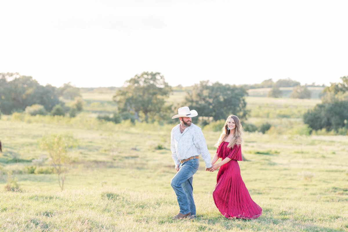 Kingsbury Texas Engagement Photos-88